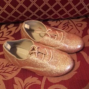 Flat Gold Infant Casual Shoe Size 8